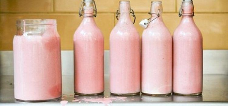 Why a Hippo's milk is PINK